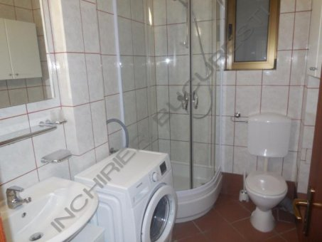 baie apartament primaverii
