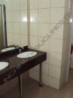 grupuri sanitare separate