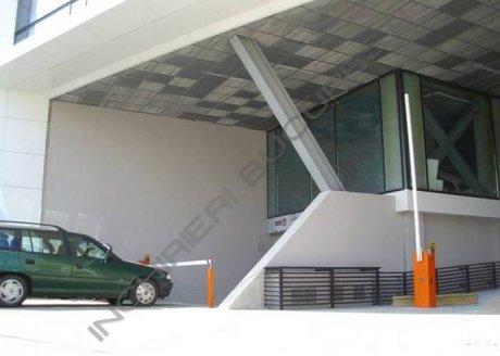 cladire noua cu parcare privata