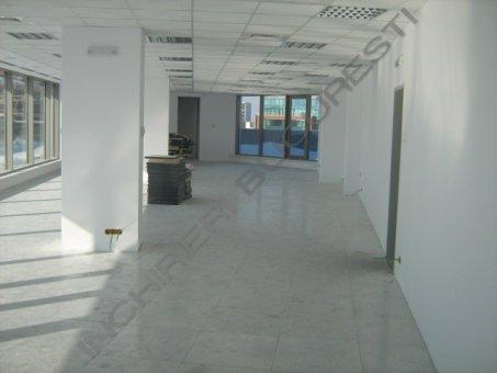 birouri in cladire clasa A Decebal