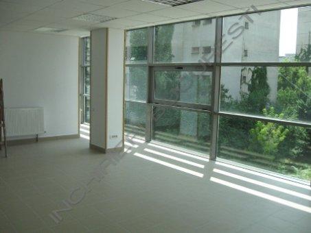 birou open space de inchiriat