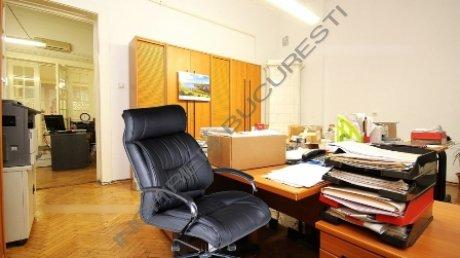 apartamente parchet lemn masiv inchiriere