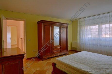 dormitor mobilat lemn masiv dorobanti