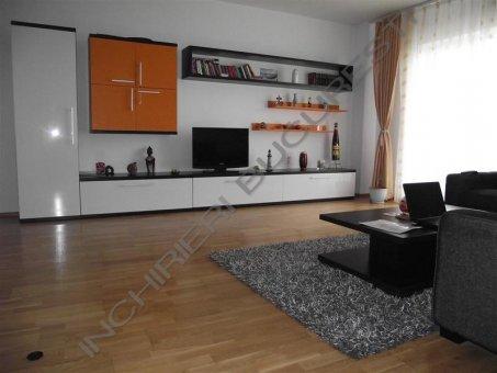 livintg spatios apartament 3 camere eminescu