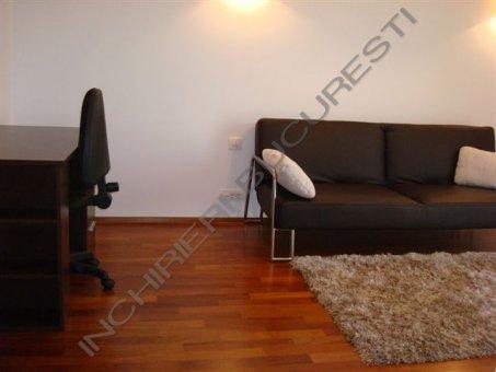 canapea living apartament baneasa