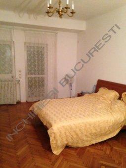 dormitor mobilat apartament 4 camere cismigiu