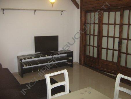 televizor living apartament banu manta