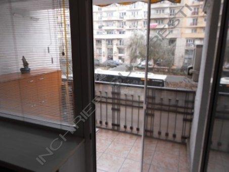 vedere balcon apartament piata alba iulia