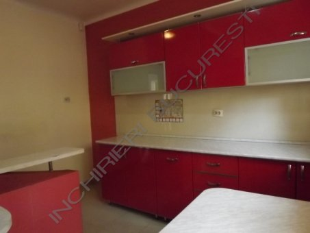 bucatarie rosie mobilata apartament parcul carol