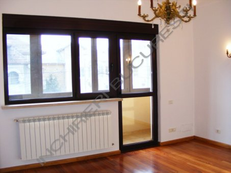 apartament 4 camere birouri cotroceni