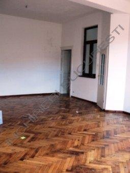 parchet lemn masiv apartament lux vasile lascar