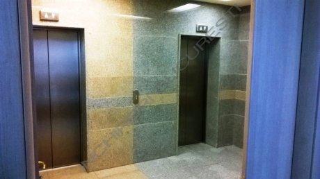 lift persoane cladire birouri