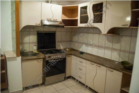 bucatarie mobilata apartament