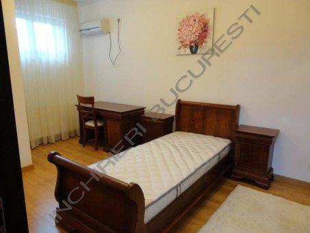 dormitor mic apartament
