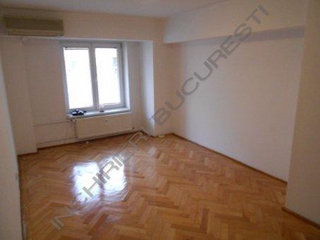 apartament 3 camere piata alba iulia