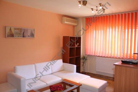 living apartament mobilat polona