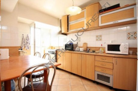 bucatarie mobilata utilata apartament 4 camere unirii