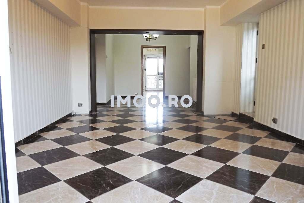 Apartament pentru birouri 4 camere Piata Unirii