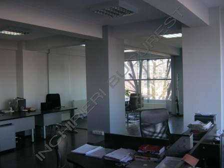 mobilier birouri pe comanda