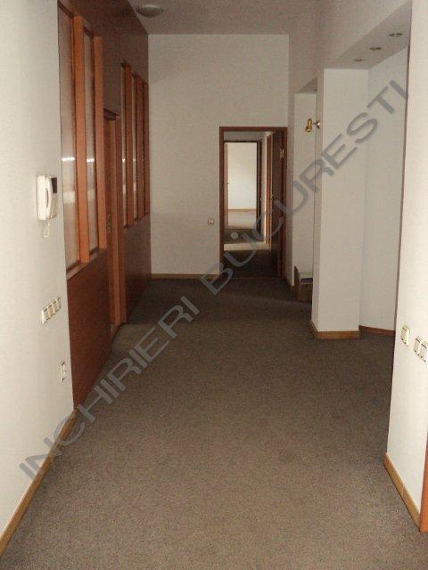 apartament 5 camere cotroceni mocheta