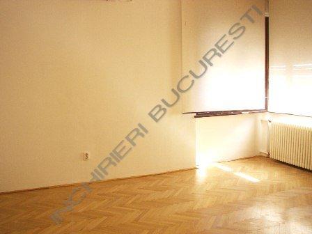 apartament 7 camere luminos dacia
