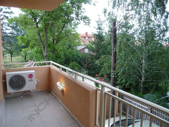 balcon apartament 3 camere  baneasa iancu nicolae