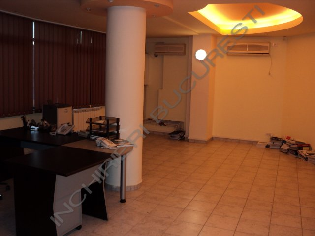 spatiu open space si doua birouri