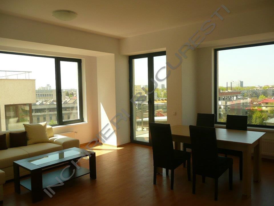 living balcon mare apartament lux
