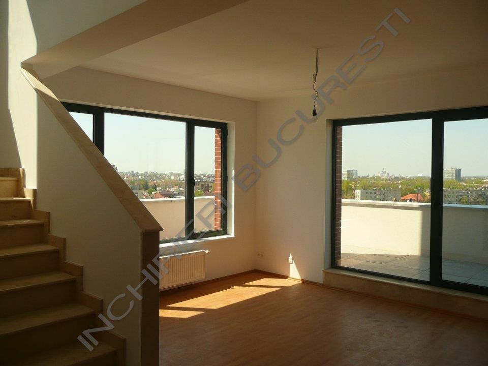 geamuri mari luminate apartamente