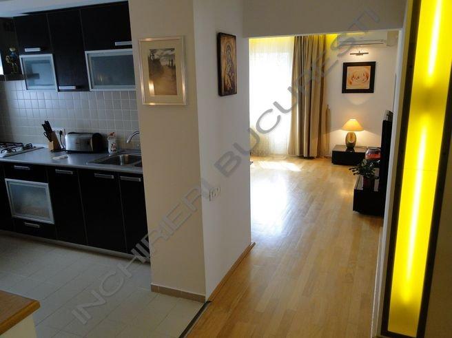 leduri lumina apartament lux