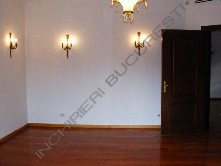 apartament 4 camere renovat lux cotroceni