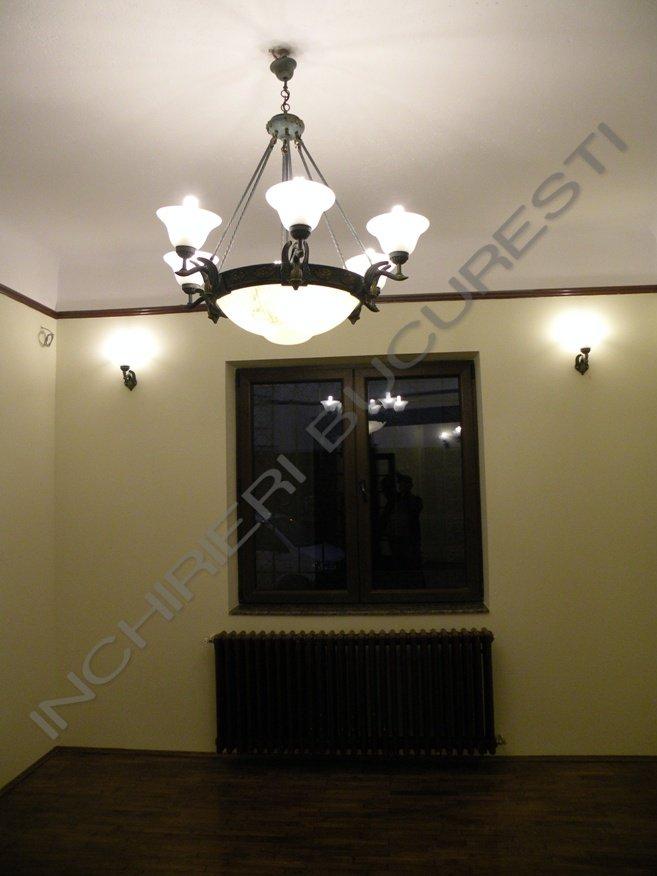 Dacia Icoanei apartament 4 camere in vila