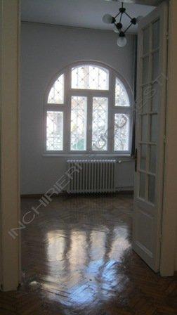 Cotroceni, inchiriere 6 camere pentru birouri