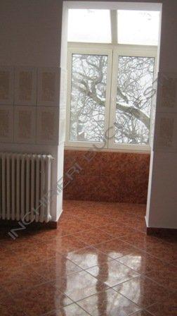 oficiu spatiu birou in vila