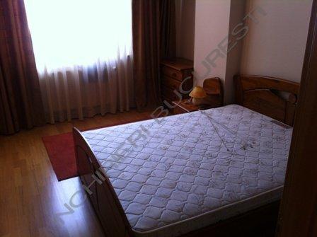 dormitor mobilat apartament primaverii