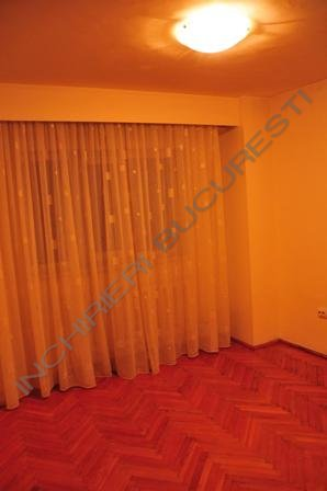 calea calarasilor apartament 3 camere inchiriere
