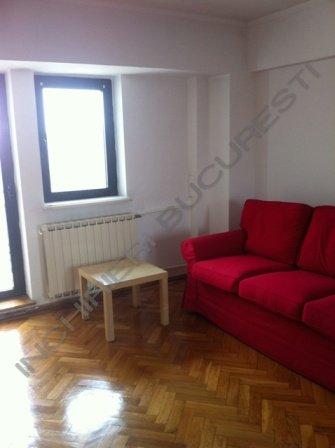 canapea camera apartament unirii