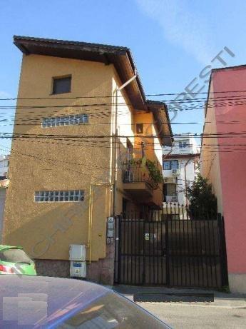 Vila de inchiriat Gara de Nord 153mp