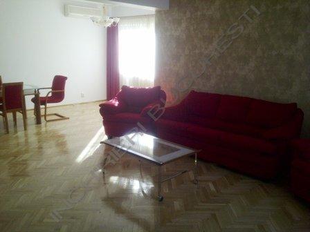 inchiriere apartament 4 camere Primaverii