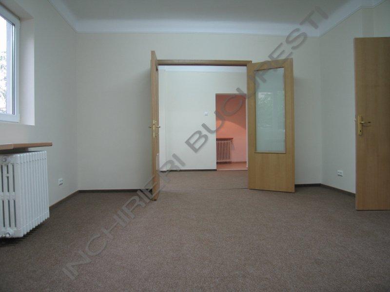 Inchiriere apartament 5 camere Piata Romana