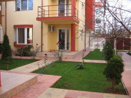 Inchiriez vila Barbu Vacarescu 230mp