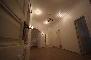 inchiriez apartament 3 camere Kogalniceanu