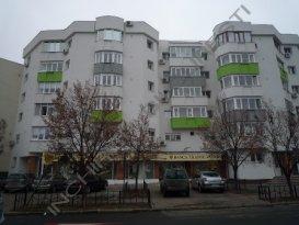 Inchiriez apartament  4 camere Aviatiei