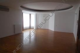 Apartament 4 camere Primaverii