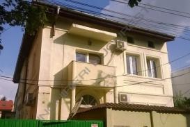 Vila de inchiriat Domenii, 320mp