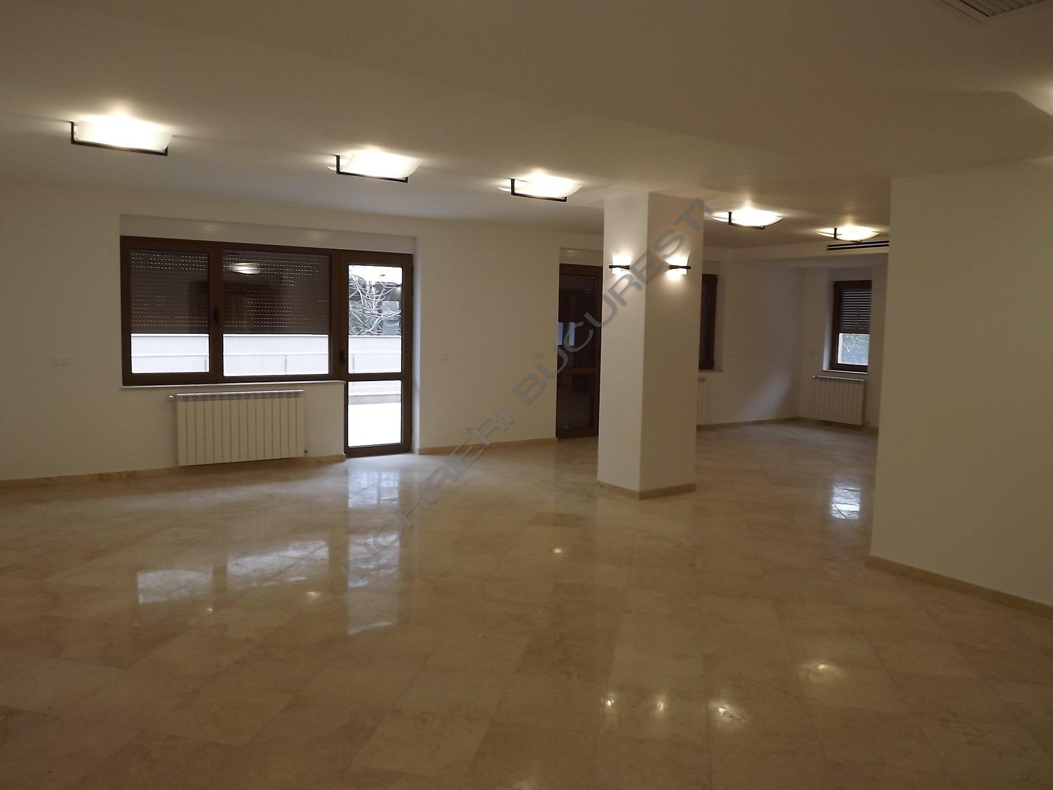 Penthouse 4 camere lux, Domenii, 180mp
